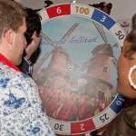 Speel, zing, brul en raad mee in teams met het Ik Hou van Holland Spel
